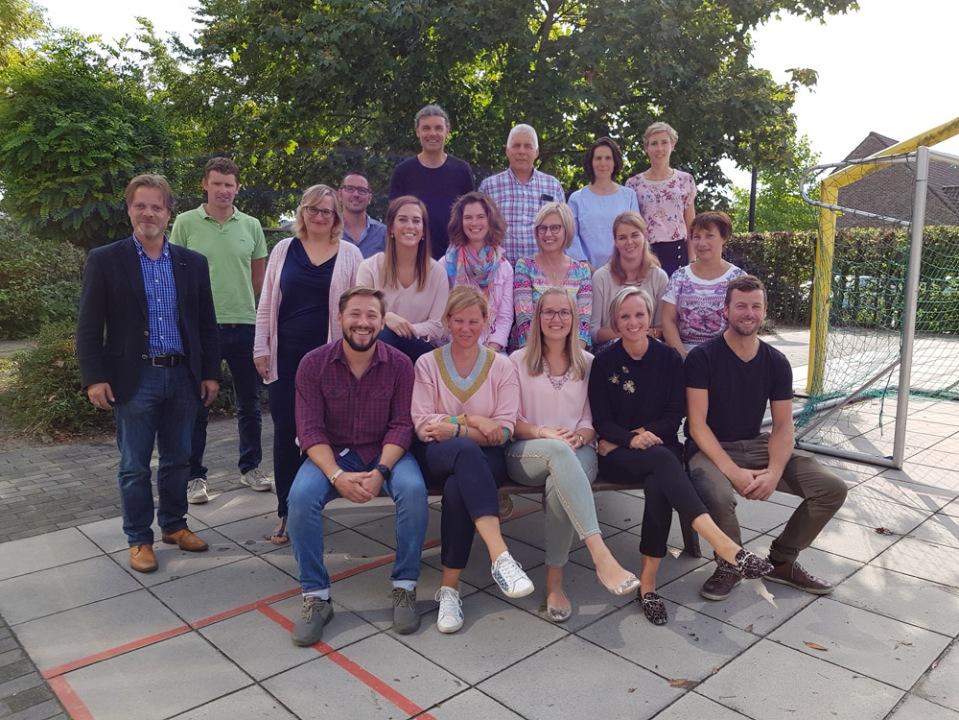 Directeur, leraars, en alle medewerkers van Sint-Lutgart 2018-2019